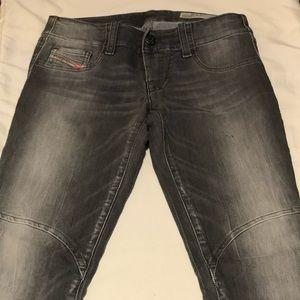 Diesel speedjegg denim jeans